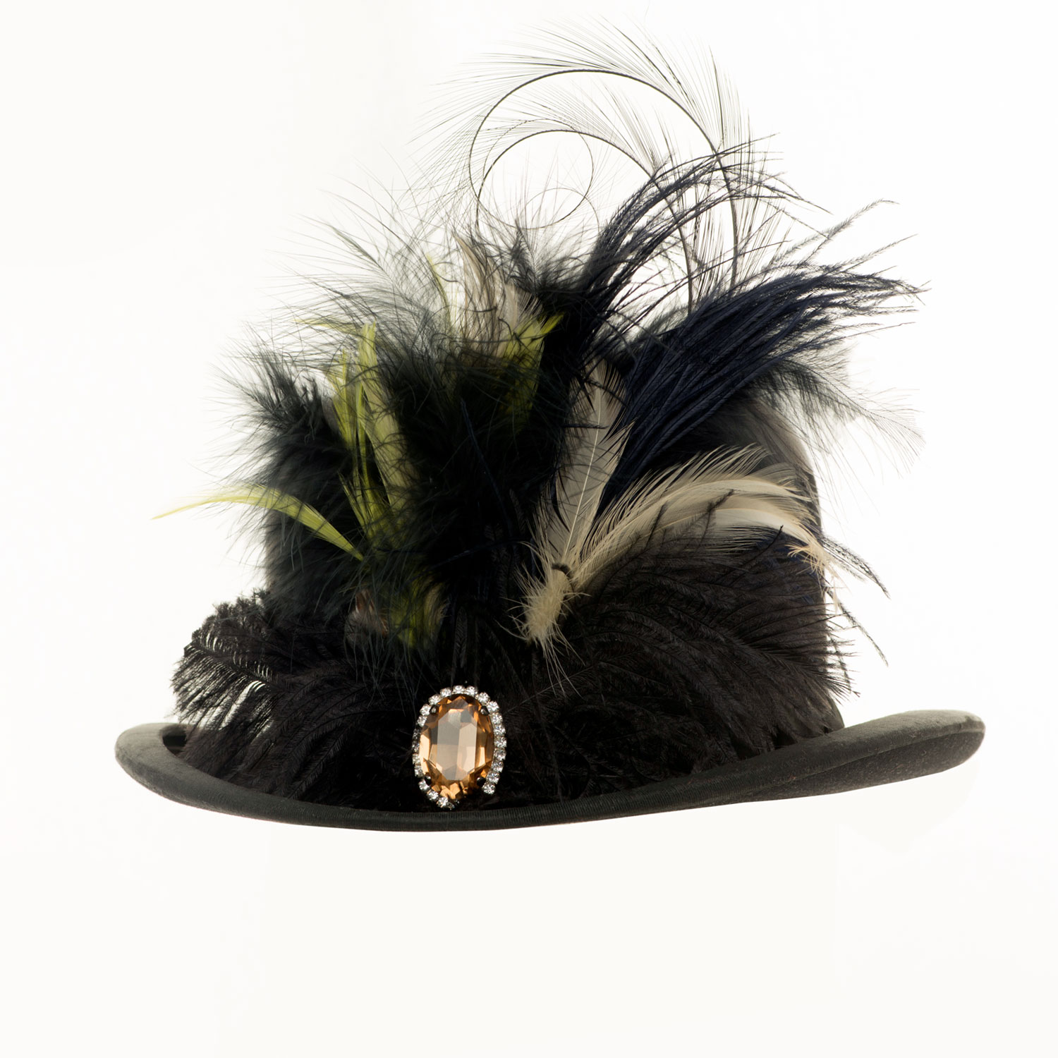 VINTAGE BOWLER HAT WITH BROOCH AND OSTRICH FEATHERS