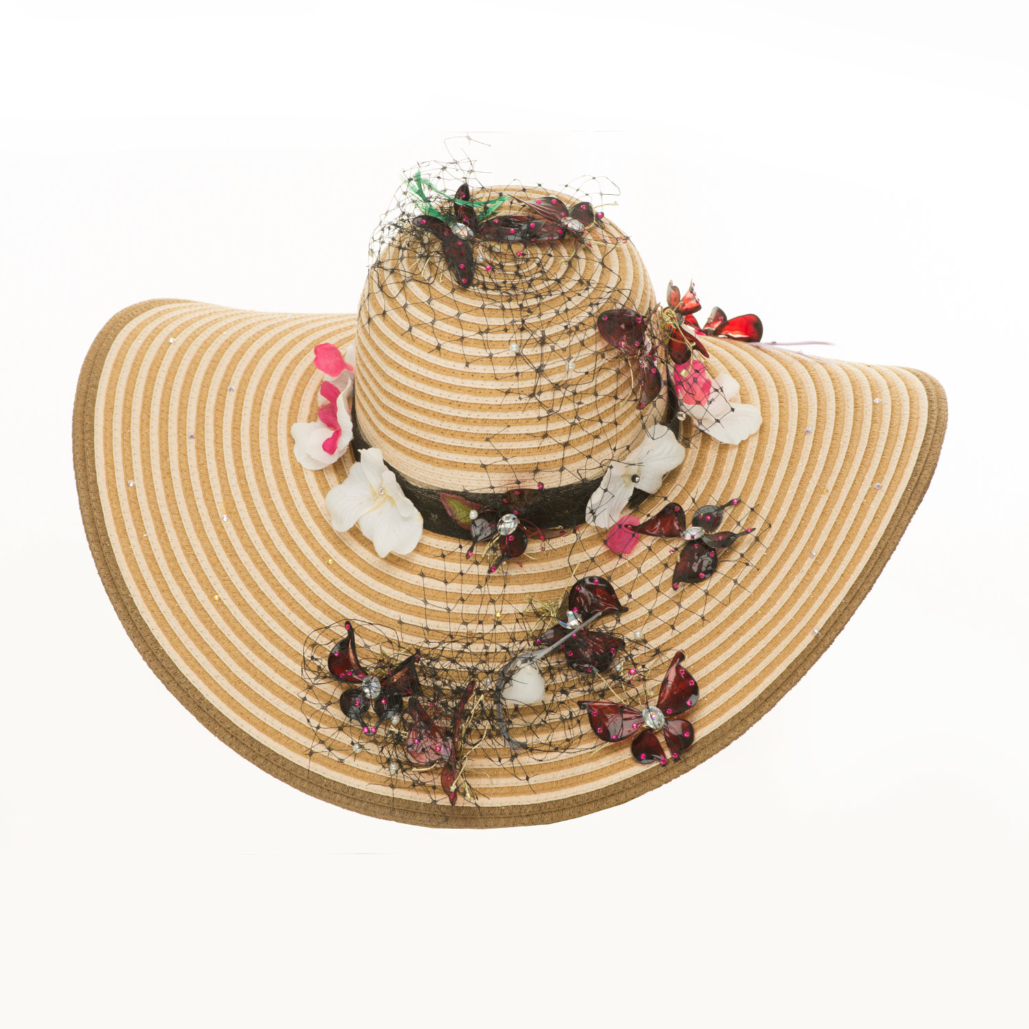 WIDE BRIMMED STRAW HAT WITH BUTTERFLIES